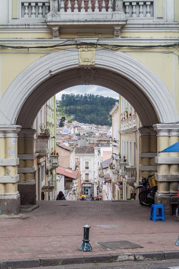 Vieja puerta en el centro de Quito fotos de archivo libres de regalías
