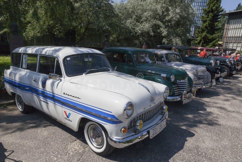Vieja reunión de los coches del contador de tiempo fotografía de archivo libre de regalías