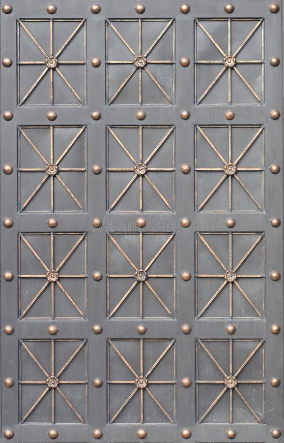 Vieja textura de la puerta del metal fotos de archivo