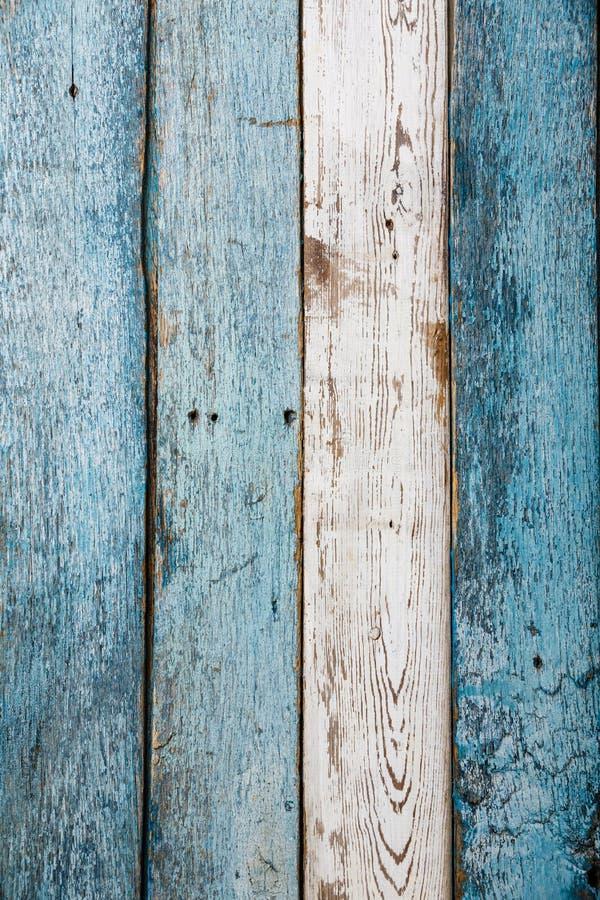 Vieja textura de madera azul y blanca rasguñada c imagenes de archivo