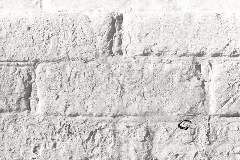 Vieja textura pintada blanco de la pared de ladrillo Ladrillo envejecido áspero blanqueado Fondo de la luz de Niveous imagen de archivo