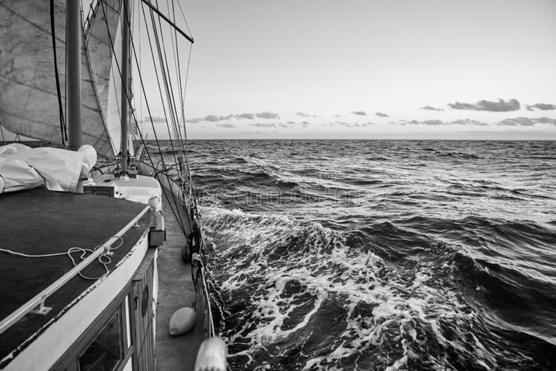 Vieja travesía del velero fotografía de archivo libre de regalías