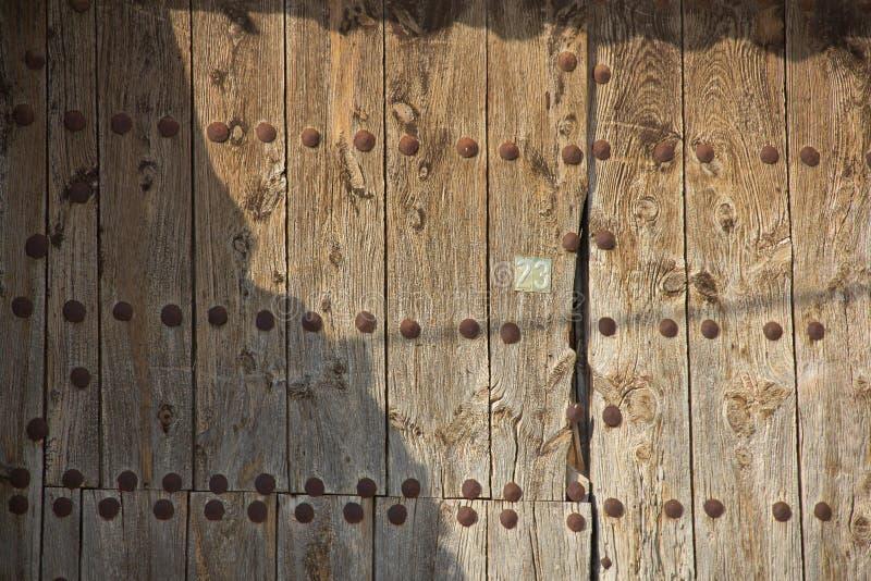 Viejas 29 de ventanas de Puertas y image libre de droits