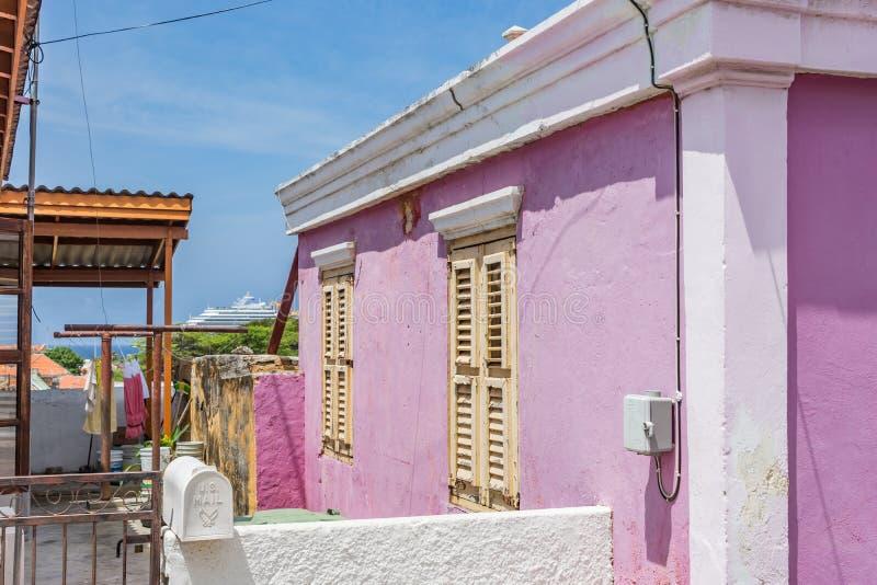 Viejas opiniones de Windows Otrobanda Curaçao foto de archivo libre de regalías