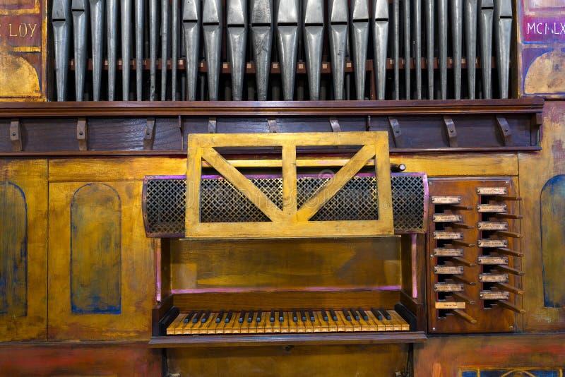 Viejo órgano de tubo fotografía de archivo