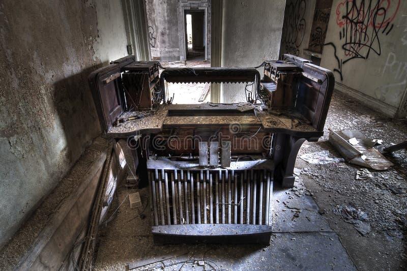 Viejo órgano de tubo foto de archivo libre de regalías