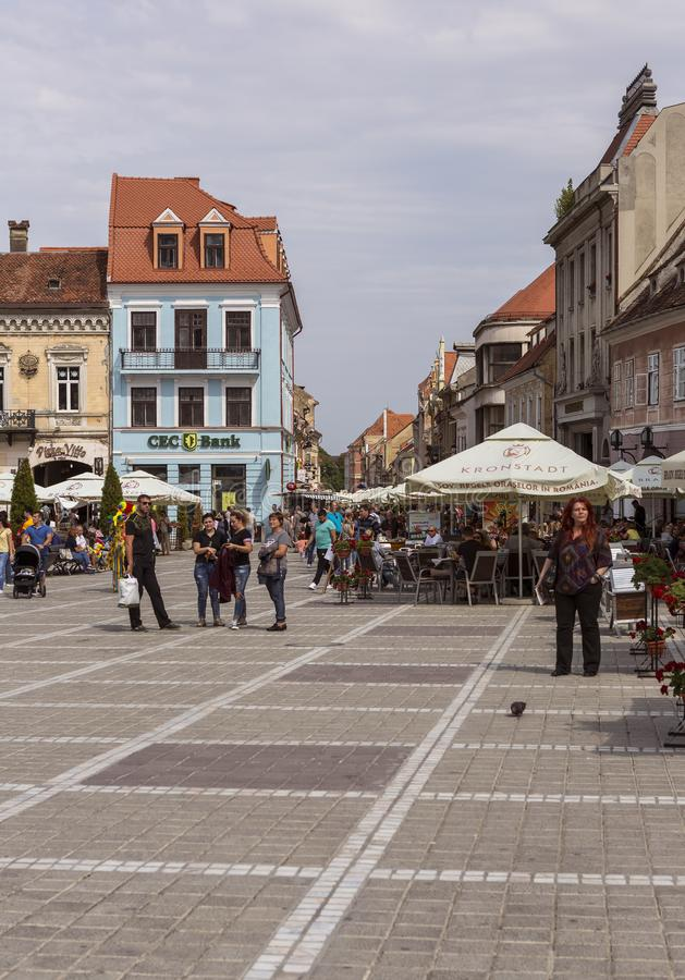 Viejo centro de ciudad en BraÅŸov fotografía de archivo