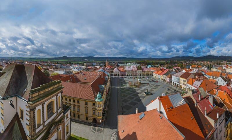 Viejo centro en la ciudad Jicin - República Checa imagenes de archivo