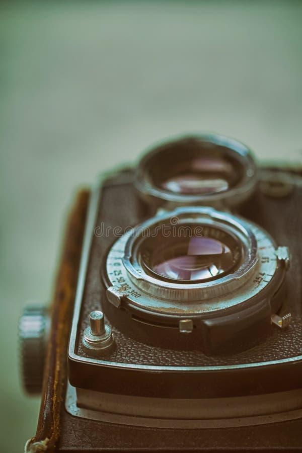 Viejo cierre análogo de la cámara de la foto para arriba imágenes de archivo libres de regalías