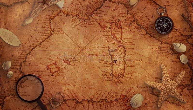 Viejo concepto del mapa del tesoro Decoraciones de la lupa, del compás y del mar en el mapa imagenes de archivo