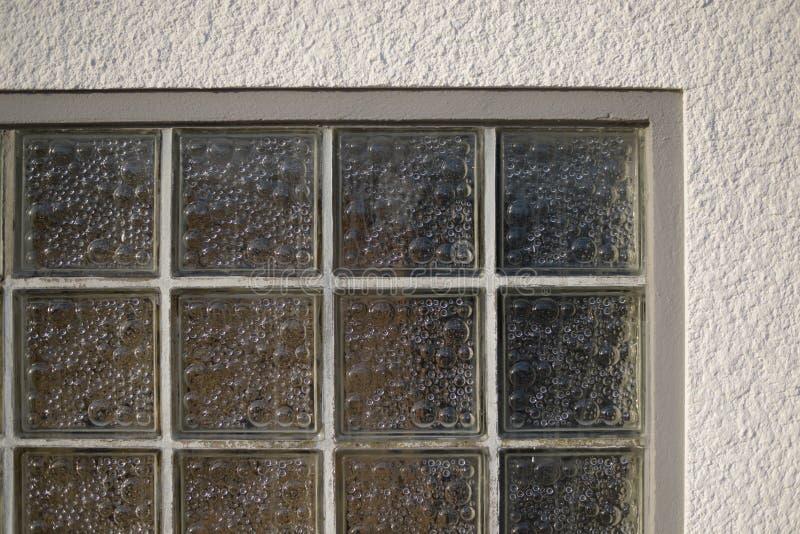 Viejo detalle de la arquitectura del ladrillo de cristal imagenes de archivo
