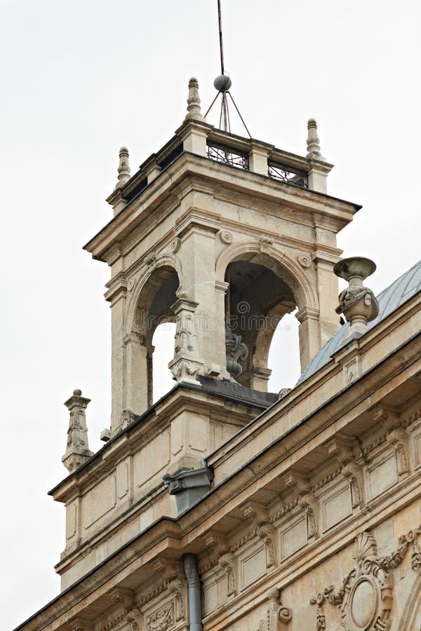 Viejo detalle del edificio en Rousse Bulgaria imagen de archivo