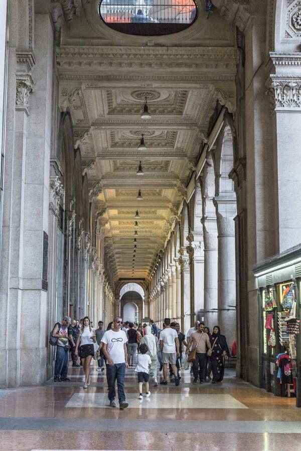 Viejo detalle del edificio, Milano imagen de archivo libre de regalías