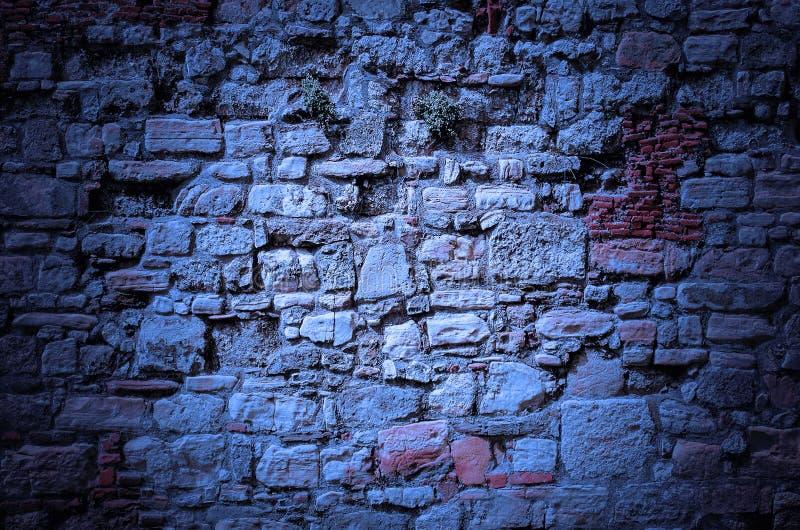 Viejo fondo de la pared de piedra del castillo - extracto fotos de archivo