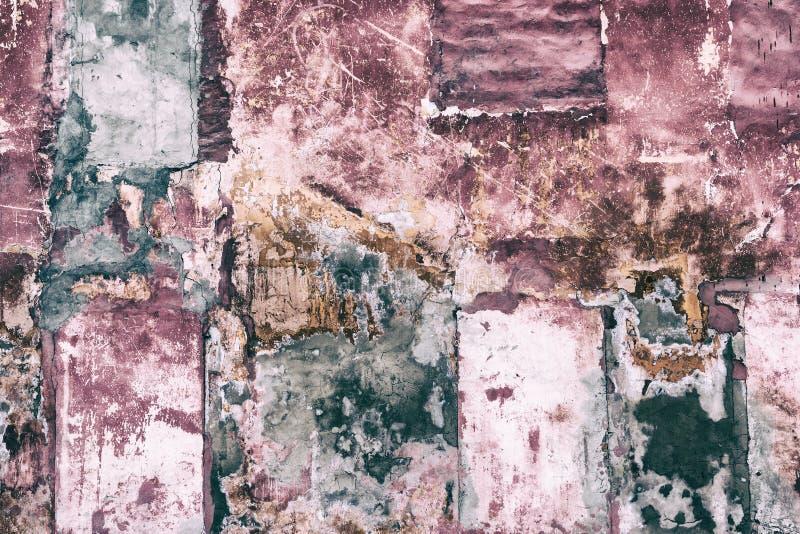 Viejo fondo lamentable remendado del grunge del muro de cemento fotografía de archivo libre de regalías