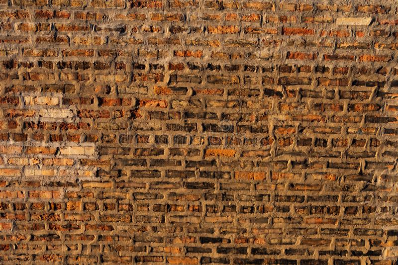 Viejo fondo rústico de la pared de ladrillo imagen de archivo