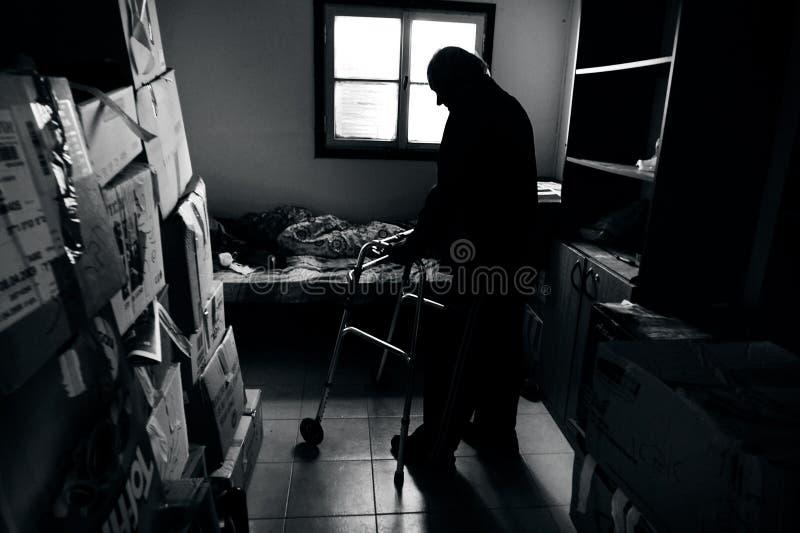 Viejo hombre pobre fotos de archivo libres de regalías