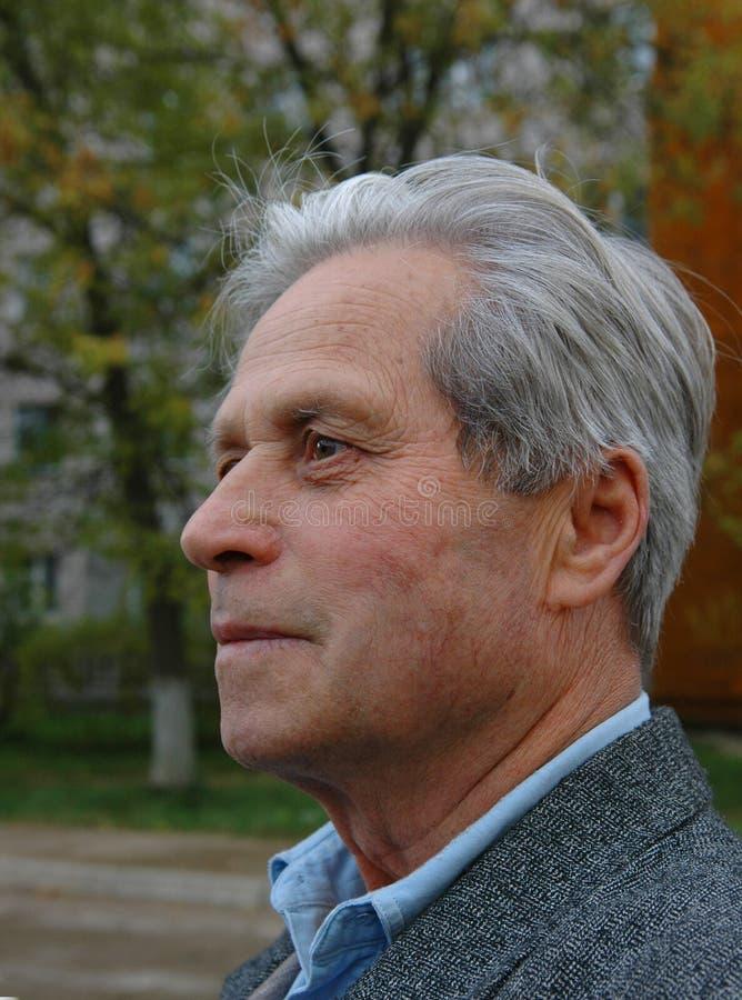 Viejo hombre. Retrato. Sabio. fotografía de archivo
