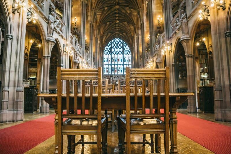 Viejo interior exquisito de la biblioteca de John Rylands fotografía de archivo libre de regalías