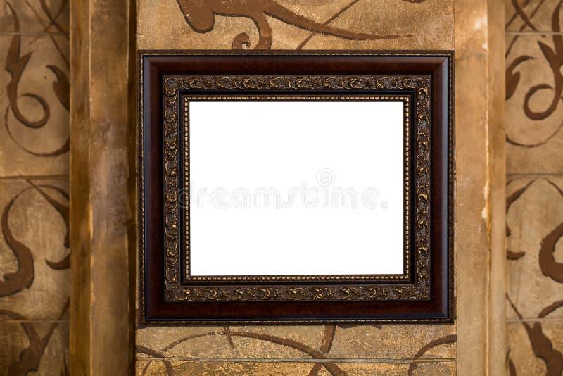 Viejo marco de madera en la pared con el contenido vacío foto de archivo libre de regalías