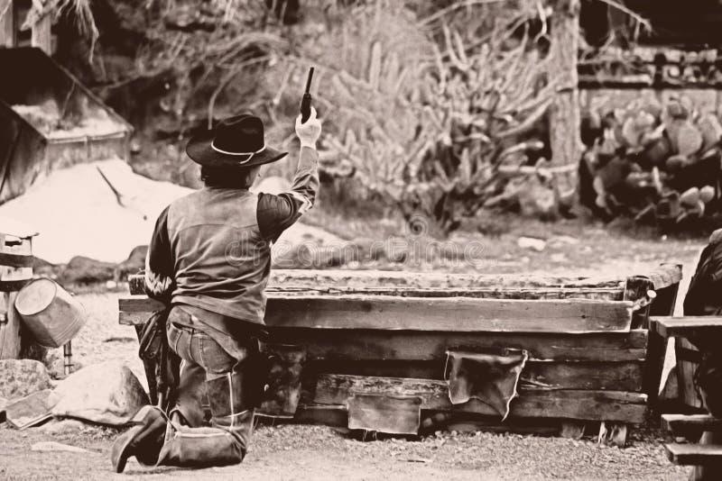 Viejo Oeste-Tire hacia fuera fotos de archivo libres de regalías