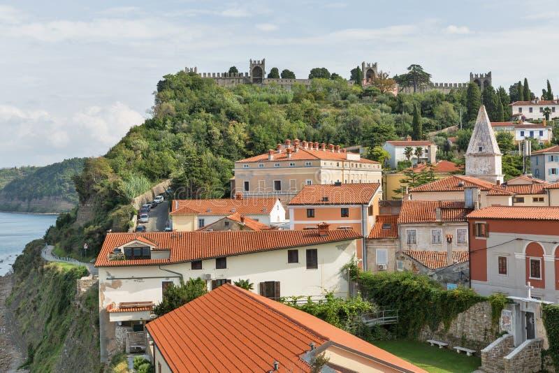 Viejo paisaje urbano de la ciudad de Piran, Eslovenia foto de archivo libre de regalías