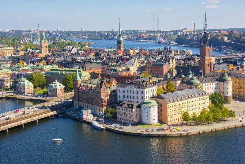 Viejo panorama de Gamla Stan de la ciudad de Estocolmo del top de ayuntamiento, Suecia fotos de archivo libres de regalías
