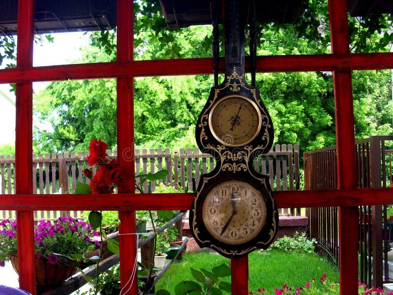 Viejo viaje de Kulpin Serbia del reloj fotografía de archivo