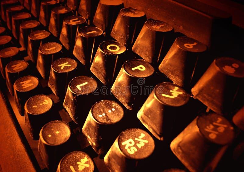 Viejos claves de la máquina de escribir imagen de archivo libre de regalías