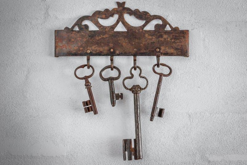 Viejos claves oxidados imagenes de archivo