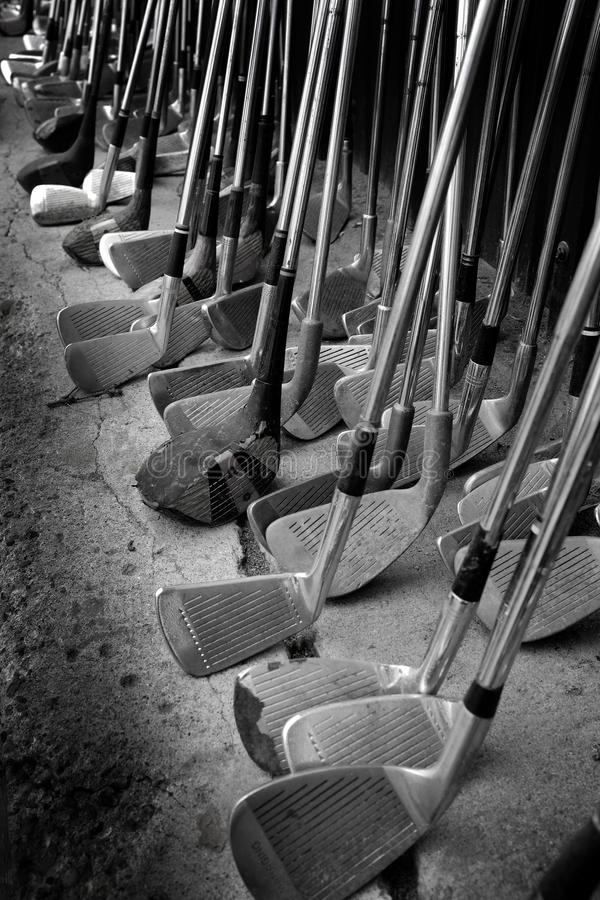 Viejos clubs de golf fotos de archivo libres de regalías