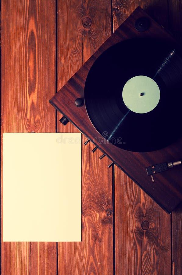 Viejos expedientes del fonógrafo y de gramófono imagenes de archivo