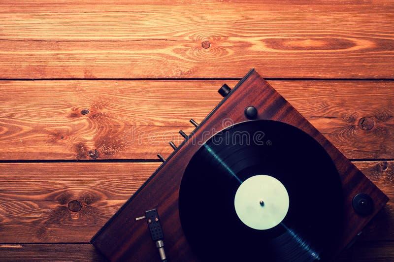 Viejos expedientes del fonógrafo y de gramófono fotos de archivo