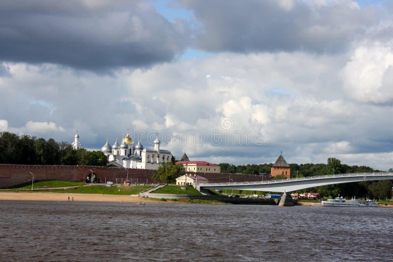 Viejos forterss rusos en Novgorod foto de archivo