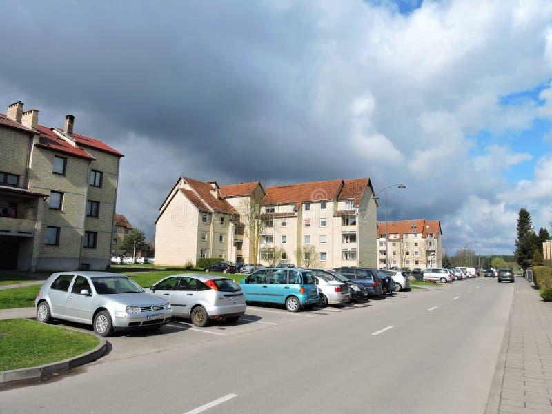 Viejos hogares residenciales, Lituania imagenes de archivo