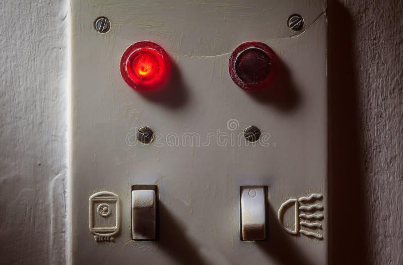 Viejos interruptores del cuarto de baño imagen de archivo libre de regalías