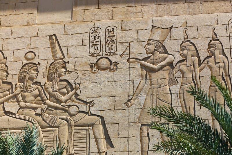 Viejos reyes y reina egipcios imagen de archivo libre de regalías