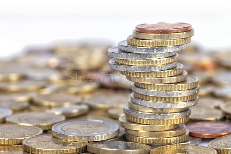 Viele Euromünzen lizenzfreies stockfoto