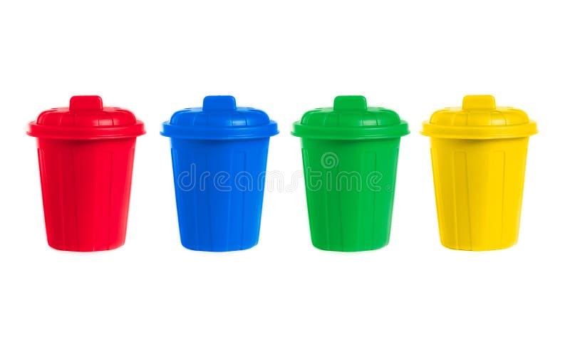 Viele färben Wheeliebehälter eingestellt lizenzfreie stockfotos