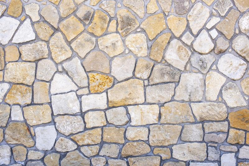 Viele großen und kleinen Steinplatten lizenzfreies stockfoto