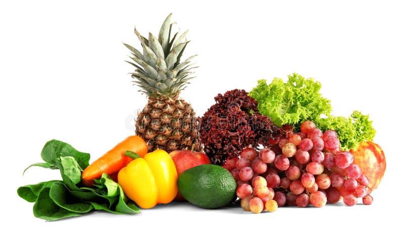 Viele Obst und Gemüse auf weißem Hintergrund lizenzfreies stockbild