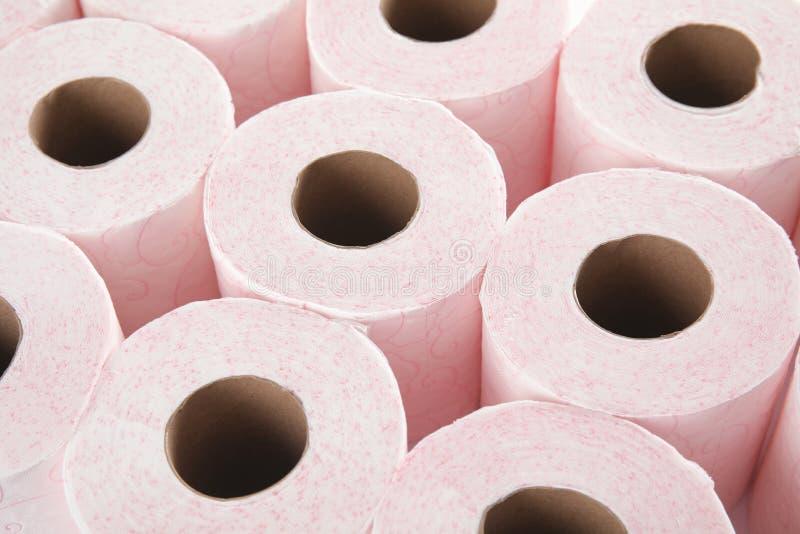 Viele Rollen des Toilettenpapiers lizenzfreie stockfotografie