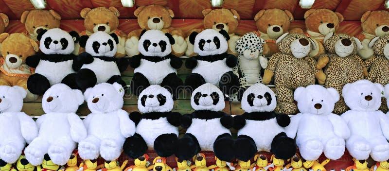Viele weichen Spielwarenteddybären stockfotografie