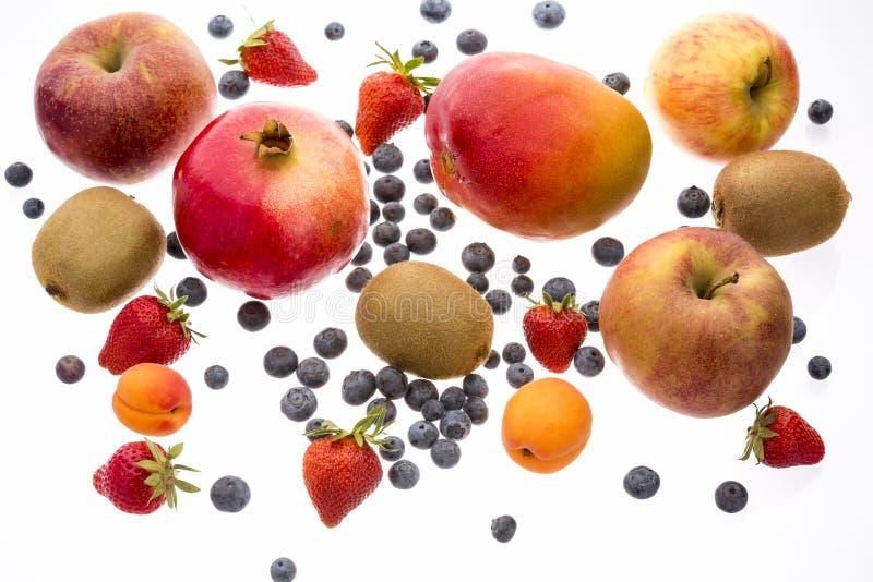 Vielzahl der Frucht Islolated auf weißem Hintergrund lizenzfreie stockfotos