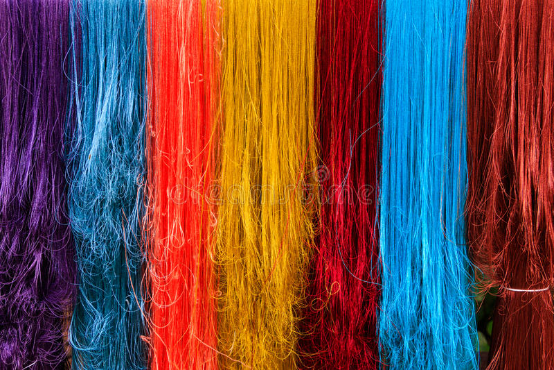 Vielzahl vorzüglich vom bunten silk Färben lizenzfreie stockfotografie