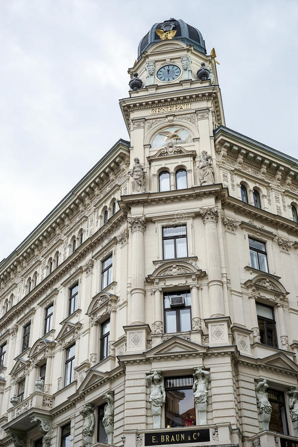 VIENA, AUSTRIA/EUROPE - 22 DE SETEMBRO: Generali que constrói Spiege foto de stock