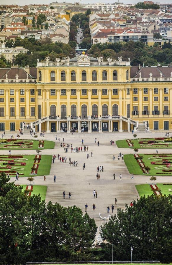 Viena, Austria, septiembre, 15, 2019 - palacio de Schonbrunn, una residencia imperial anterior del verano de los monarcas de Habs fotos de archivo