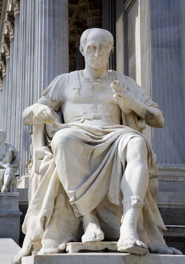 Viena - estátua de Caesar imagens de stock