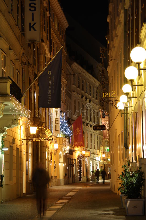 Download Vienna old town at night editorial image. Image of vienna - 28495050