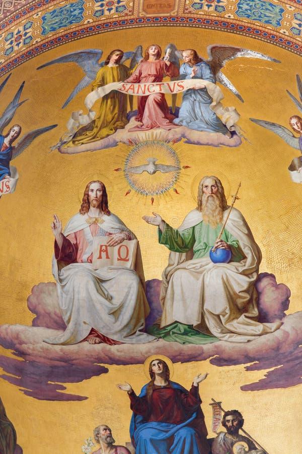 Vienna - trinità santa. Dettaglio dall'affresco della scena dall'apocalisse. dal centesimo 19. in abside principale della chiesa d immagine stock libera da diritti
